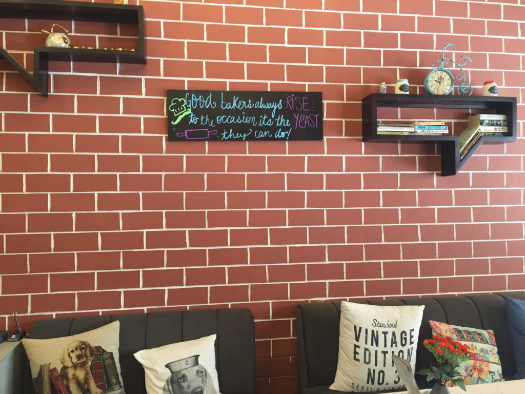 a-to-z-challenge-2017-travel-epiphanies-natasha-musing-Q-quintessential-cafe