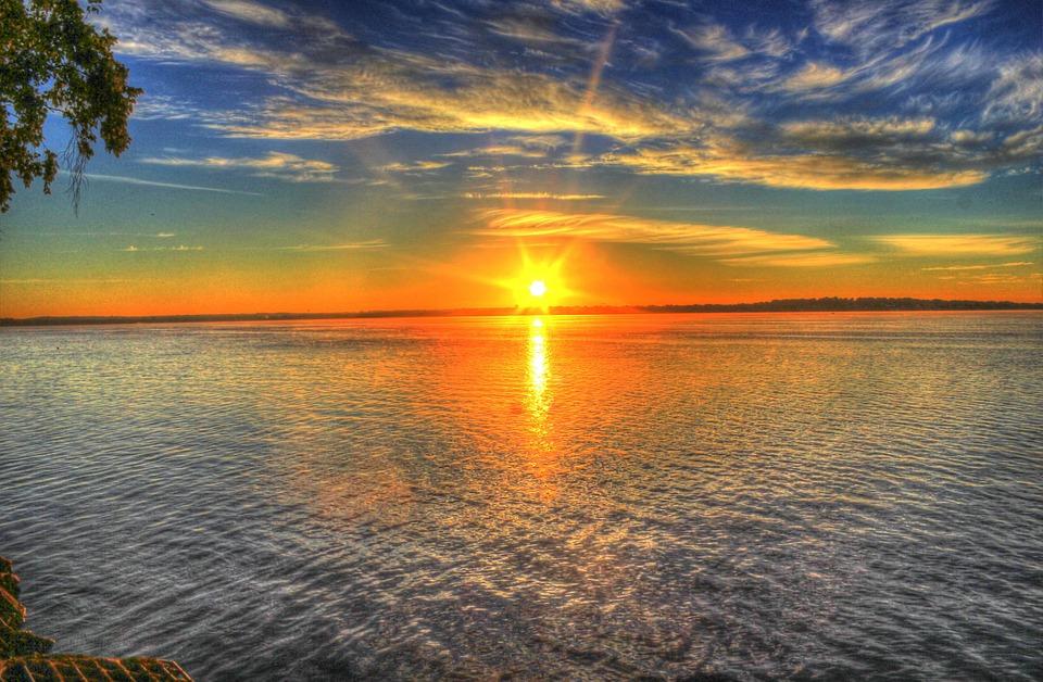 a-to-z-challenge-2017-travel-epiphanies-natasha-musing-O-opal-sunsets-and-ochre-sunrise