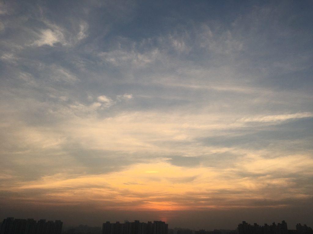a-to-z-challenge-2017-travel-epiphanies-natasha-musing-O-opal-sunsets-and-ochre-sunrise-sunset