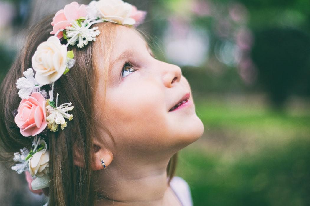 a-to-z-challenge-2018-april-anecdotes-natasha-musing-E-enchantment-girl