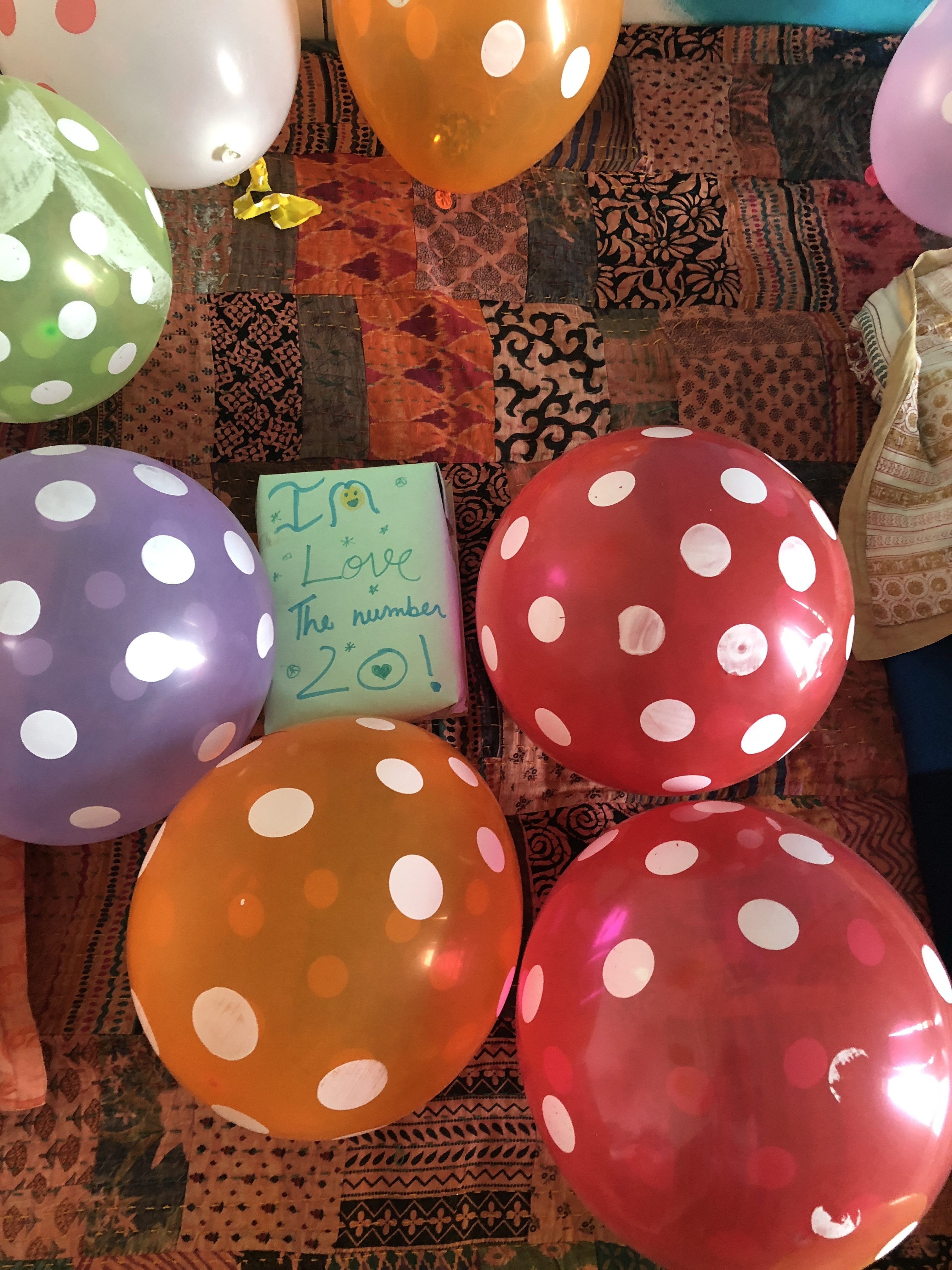 gratitude-circle-natasha-musing-seven-things-i-m-grateful-for-in-june-balloons