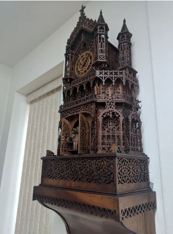 friday-fictioneers-natasha-musing-grandpas-clock-clock