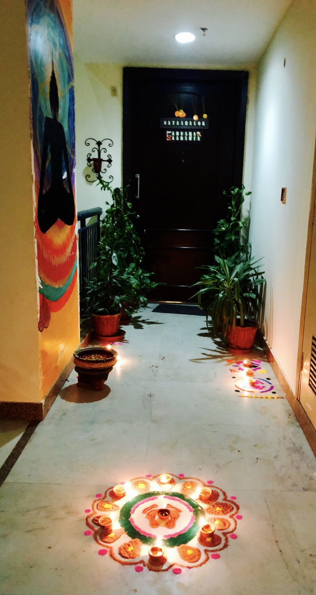wordless-wednesday-natasha-musing-diwali-2018-from-our-doorsteps