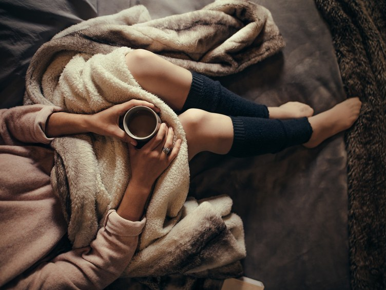 wordless-wednesday-natasha-musing-my-hygge-moments-blanket