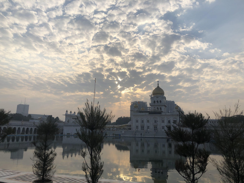 natasha-musing-a-dive-morning-at-bangla-saheb-a-long-lost-wish-come-true-bangla saheb