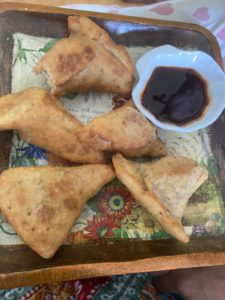 wordless-wednesday-natasha-musing-on-a-lockdown-food-trail-samosas