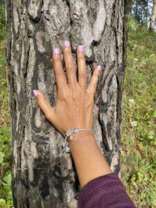 Pine tree trunk- hand